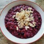 Frozen Berries Oatmeal Recipe (For A Low Sugar Breakfast)