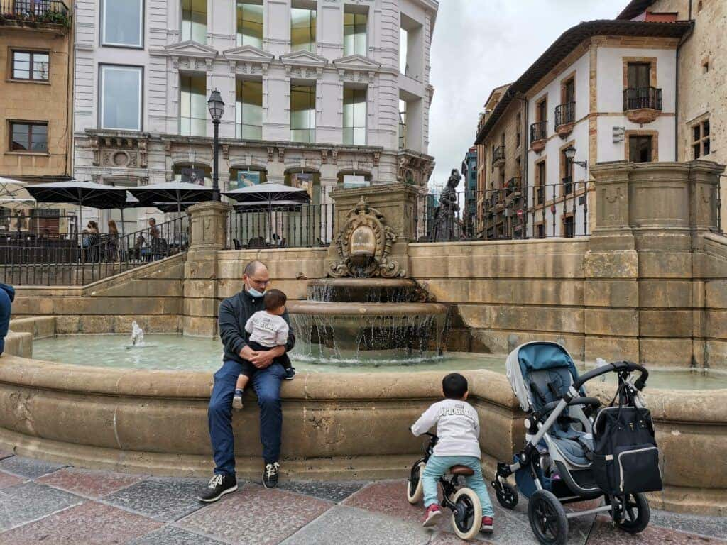 plaza and fountain in front of Oviedo cathedral.